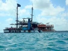 O barco Pirata. Bem divertida esta embarcação.