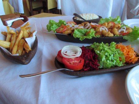 Comida deliciosa no restaurante Lua Cheia em Pipa.